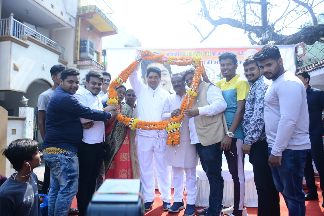 Mayor Mr. ajaz dhebar was given a grand welcome