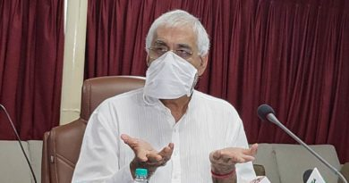 Health Minister Shri T.S. Singhdev addressed the press conference