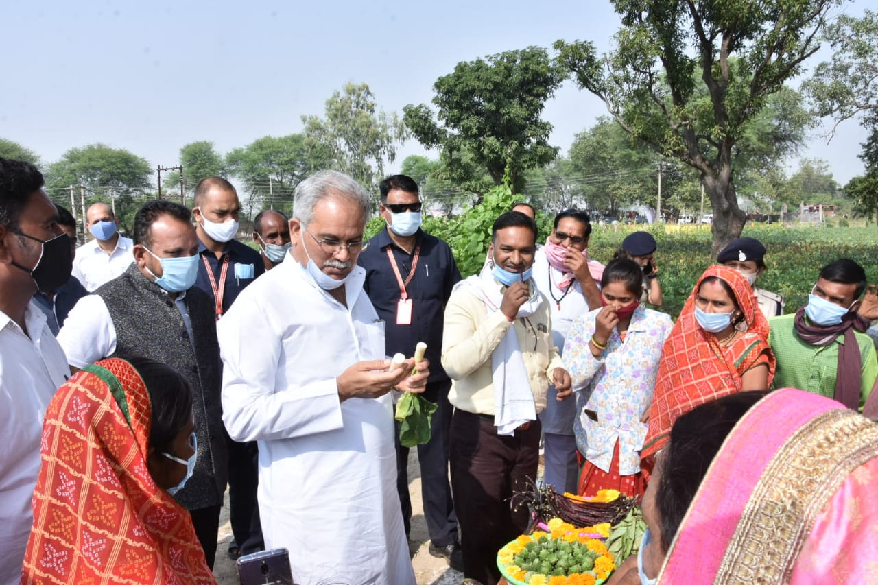 Chief Minister Mr. Bhupesh Baghel visited village Borenda in Patan Tehsil of Durg district