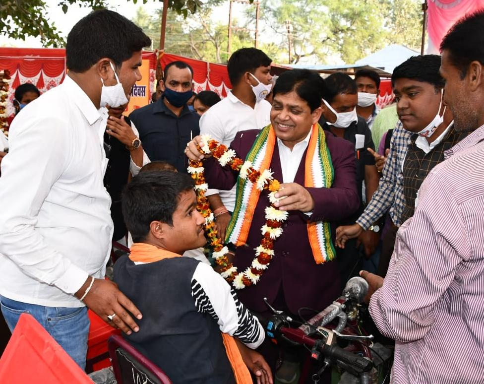 Government of Chhattisgarh for the welfare of the differently abled - Dr. Shiv Kumar Dahria