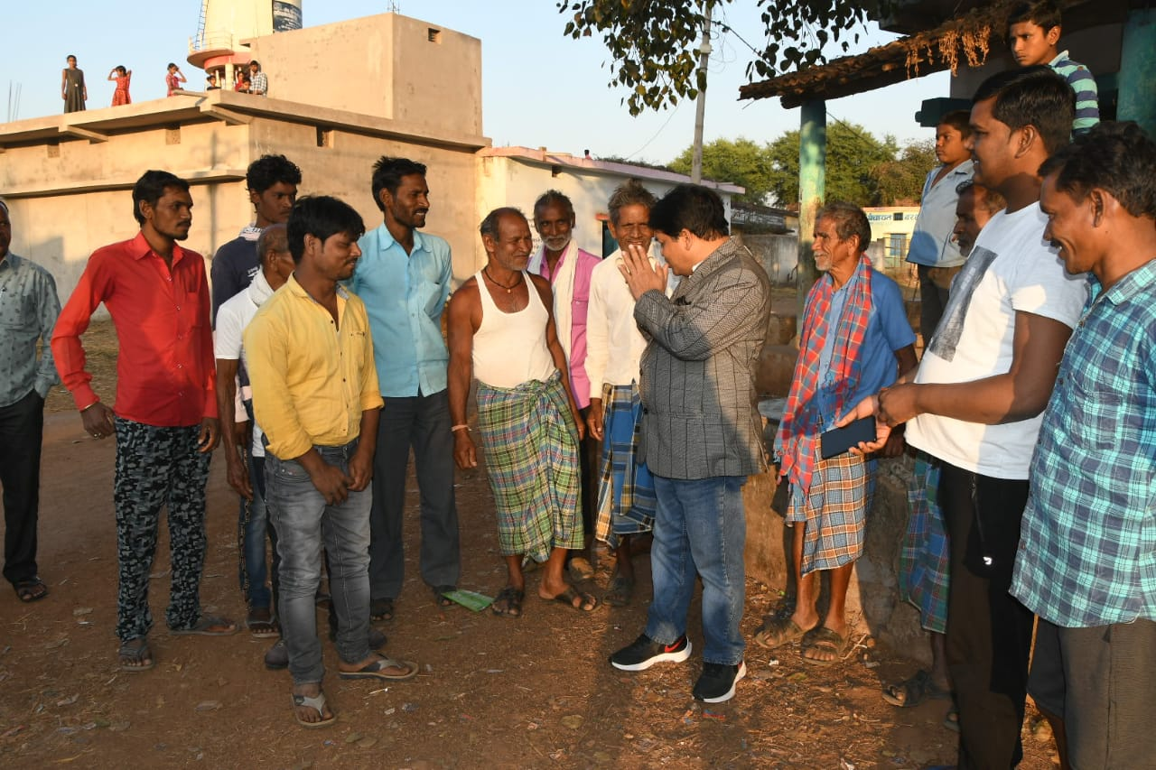 When Minister Dr. Dhariya had to join hands in front of the villagers….